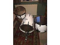 Mapex Saturn series drumkit