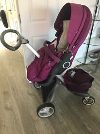 Stokke xplory v3 complete with carry cot and car seat.