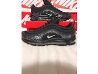 Nike air max 97 (black/sliver) sizes 8-9-10