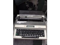 BROTHER AX-30 ELECTRONIC TYPEWRITER / WORD PROCESSOR WITH USER MANUAL
