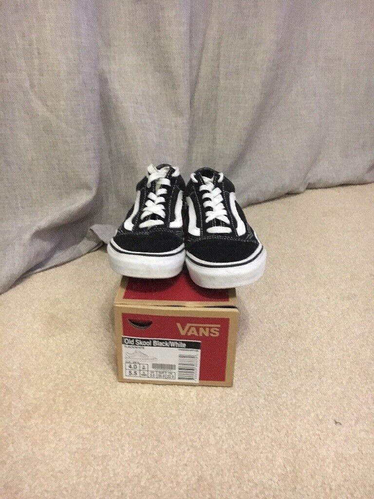 dfeb826809b Unisex old skool vans size 3