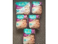 Pampers Premium Protection Active Fit Size 4 & 4+ - over 130 nappies!