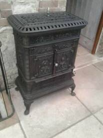 GORGEOUS BLACK CAST IRON WOOD BURNING STOVE DE DIETRICH C NIEDERBRONN FULLY WORKING BACK FLUE