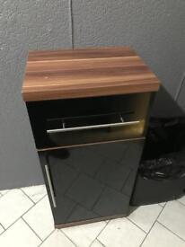 Black gloss & walnut cabinet