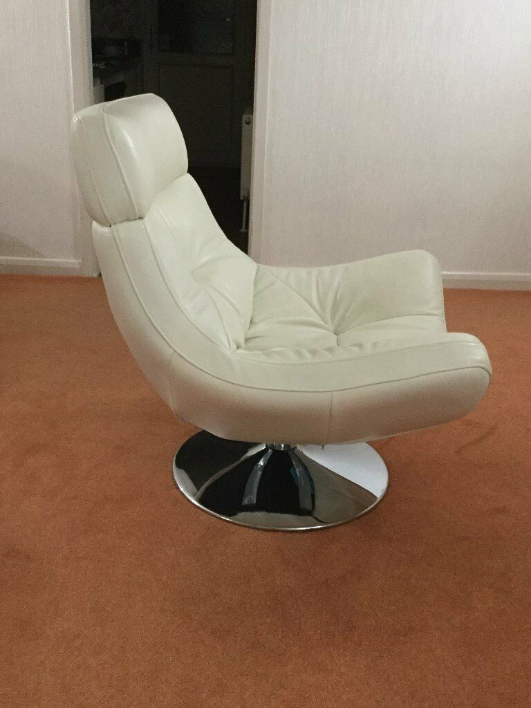 L Shape Configuration Settee And Matching Swivel Chair In Cream Beige Leather Woodley Manchester Gumtree