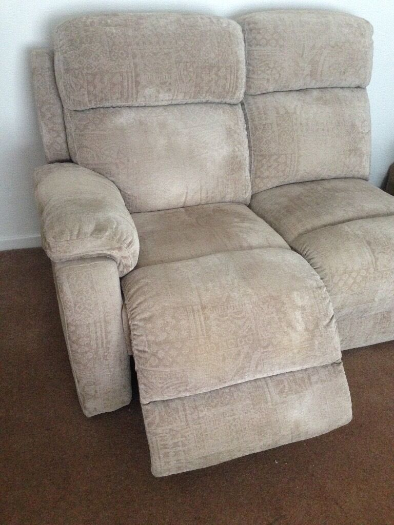 Leggett Platt 3 Seater Electric Recliner Sofa In Comfortable  ~ Leggett And Platt Leather Recliner Sofa