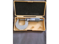 Mitutoyo Outside Micrometer 0-25mm, 25-50mm