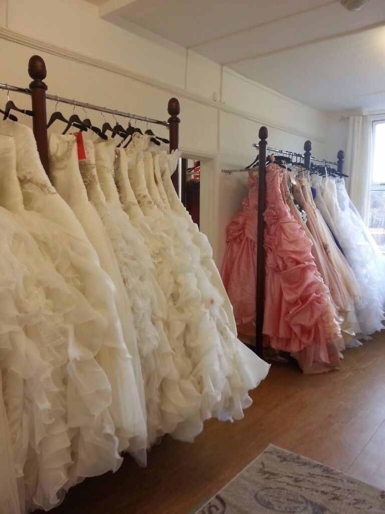 Wedding dresses/bridesmaid/prom dresses for bargain pricesSouth Elmsallin South Elmsall, West YorkshireGumtree - Welcome to Eves wedding shop. ❣ For more dresses search Eves Wedding shop on internet ❣ ​ We believe you should look and feel like a princess on your big day whatever your budget is. Our aim is to help you save money on your dress. We have a...
