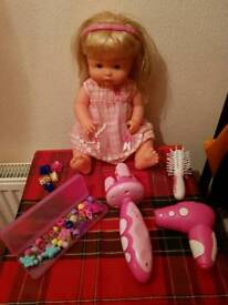 Hairdressing doll with accessories