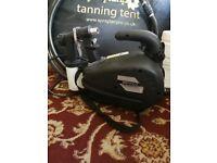 Spray tanning kit. Inc machine and tent.