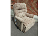 Sherborne Electric Riser Recliner Chair - Wide Seat in VGC - Can deliver