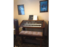 BOHM EXCELLENCE 300 ORGAN WITH 2 X BOHM EXTERNAL SPEAKERS AND ADJUSTABLE BENCH