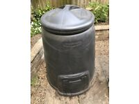 Blackwall Composting Bin