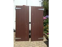 pair of gates or doors to fit sheds or between fence panels .one lefthand one right hand .