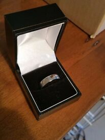 Men's Platinum 950 Wedding Ring - Size U. 5.41 grams