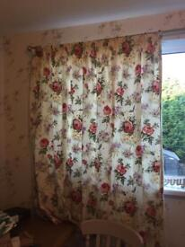 Beautiful floral Cath Kidston-style curtains (Pair)