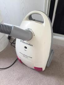 Electrolux vacuum cleaner 1800W