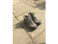 Children's Walking Boots Size 13