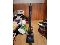 Dyson DC22 Multi Floor Medium-sized Lightweight Cylinder Vacuum Cleaner
