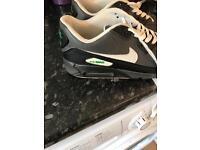 Men's Nike AirMax Size 8