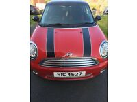 Mini Cooper red and black with chilli pack
