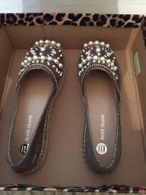 River Island Pearl and Diamond embroidered straw sandles