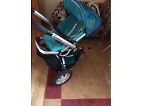Quinny buzz pram with car seat and easy fix base for car.