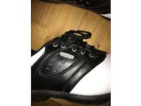 New golf shoes men's and viser ex condition size 10