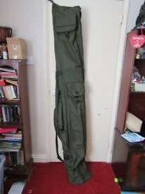 Daiwa Black Widow Fishing Rod Bag fits 6 12ft rods