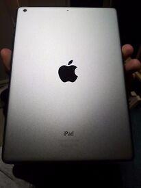 iPad Air 1st Gen 32GB WiFi - Space Grey - MINT