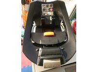 Cybex aton base 2 for sale in good condition.