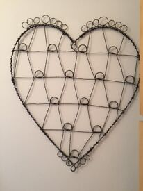 Vintage style wire heart wall hanging notice board