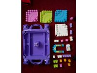 Mega Bloks Table - Pastel set with car and set of blocks - good condition