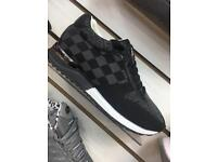Mens Louis Vuitton blk/gry/wht (6-10)