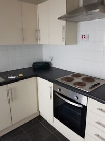 3 Bedroom House for rent-central location, 5 mins from station