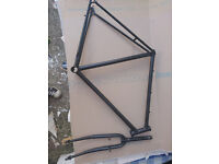 Raleigh Road bike frame+fork700C