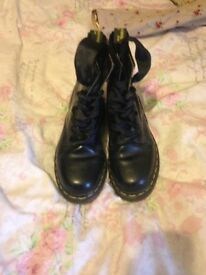Doc martens boots size 3 great condition