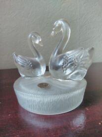 2 Swan Crystal Ornament