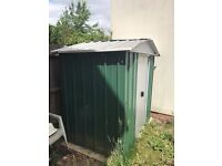 Metal garden shed with tiles - bargain