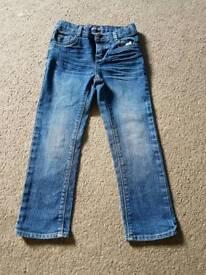 Levi age 5 vgc jeans