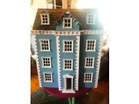 Gorgeous Dolls House with Furniture