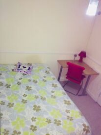 Double Bedroom to Rent for a Working Professional