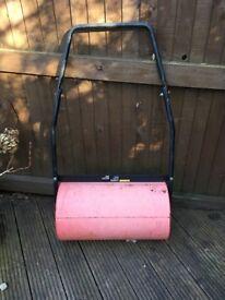 Sovereign garden roller
