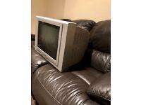 "32"" tv"