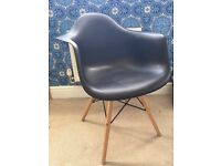 Charles Ray Wanes Eiffel Inspired Black DAW Side Dining Chair Retro