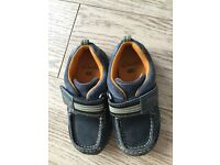 Clarks boys shoes size 9f infants