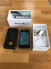 iPhone 4S 16GB excellent condition with charger and Otter case
