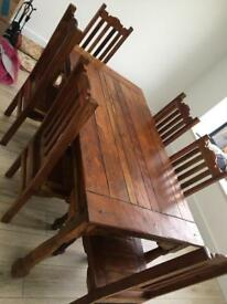 Dining Table & 6 chairs + 2 table extenders