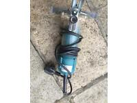 Makita Trimmer route 240v
