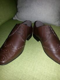 Thomas Gee Leather Brogue Shoe (Size 7) New RRP £55.00 Selling ***£20***